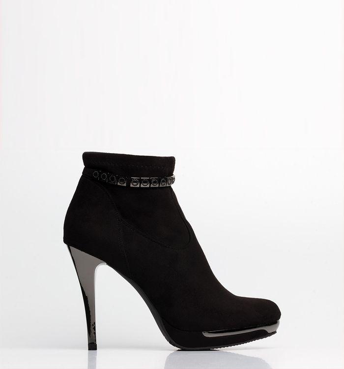 calzado-negro-s084584-1