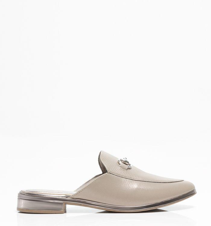 Calzado-grises-S381088-1
