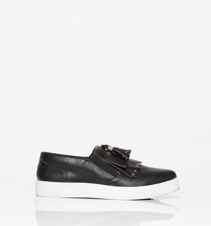 Calzado-negro-S361315-1