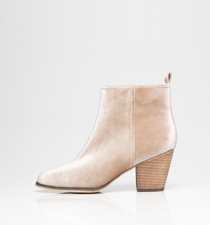 calzado-beige-S084609-1
