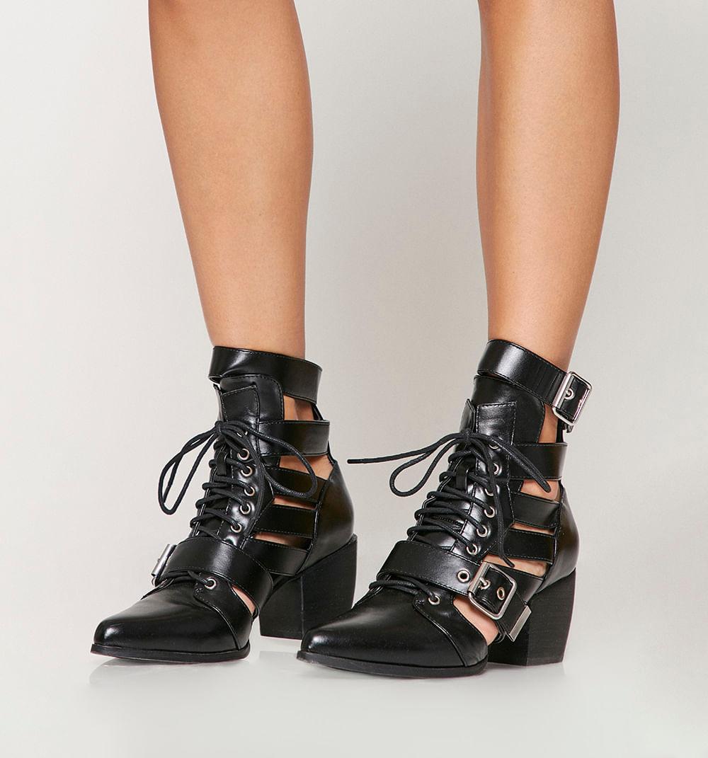 zapatoscerrados-negro-s084740-1