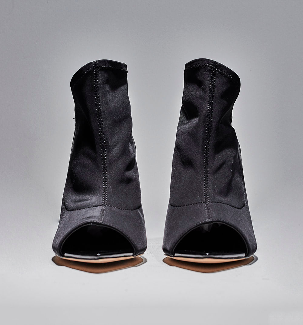 botas-negro-s084731-1
