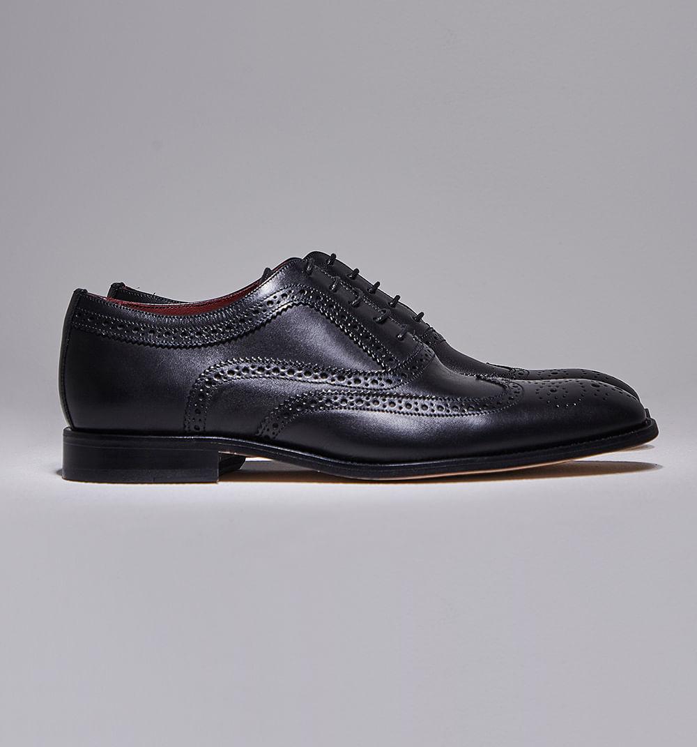 zapatocerrado-negro-h680012-1