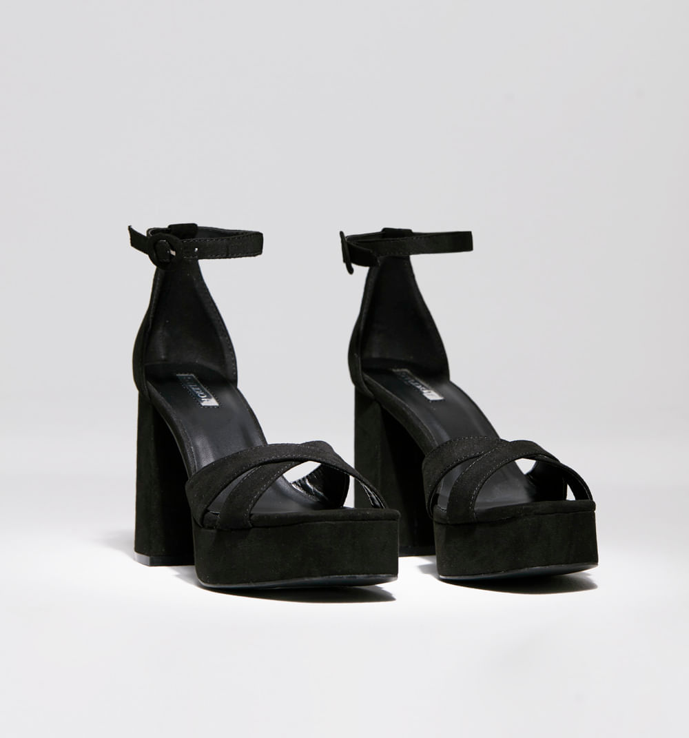 calzado-negro-S341904-1
