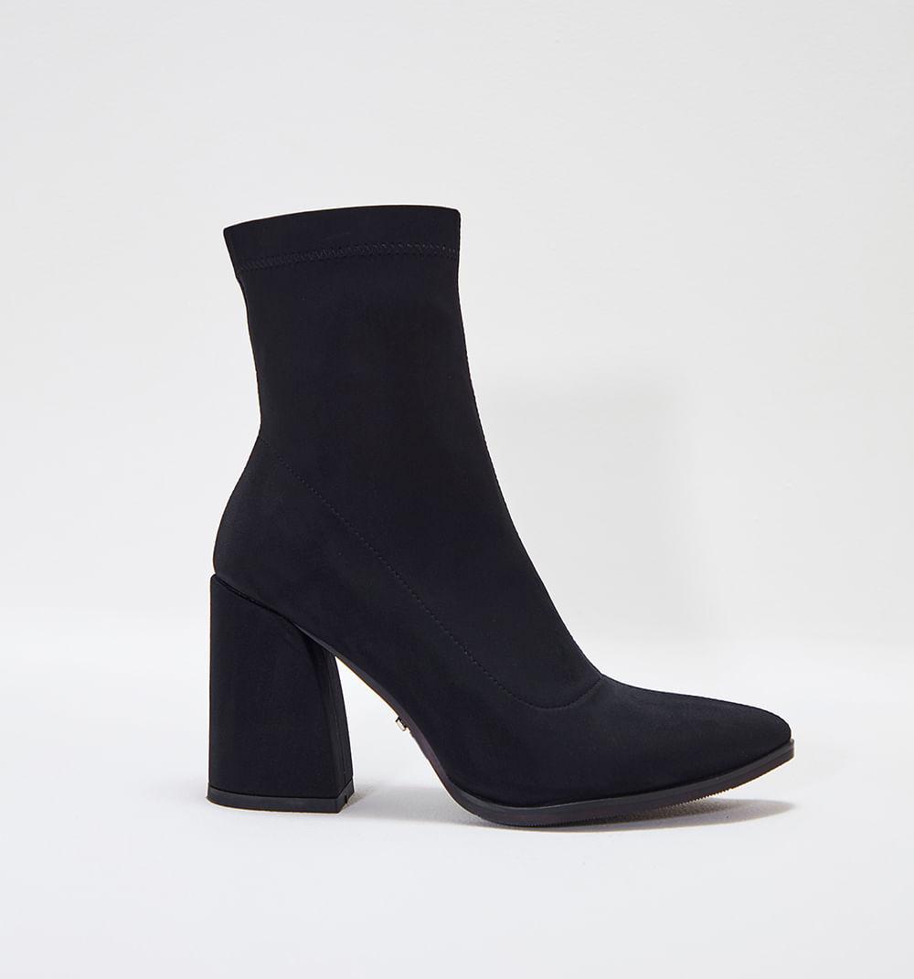 zapatoscerrados-negro-s084810-1