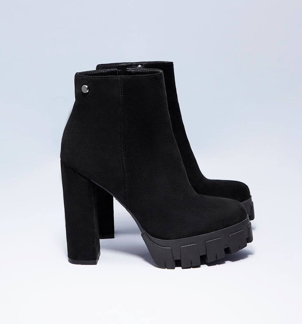 botas-negro-s084803-01