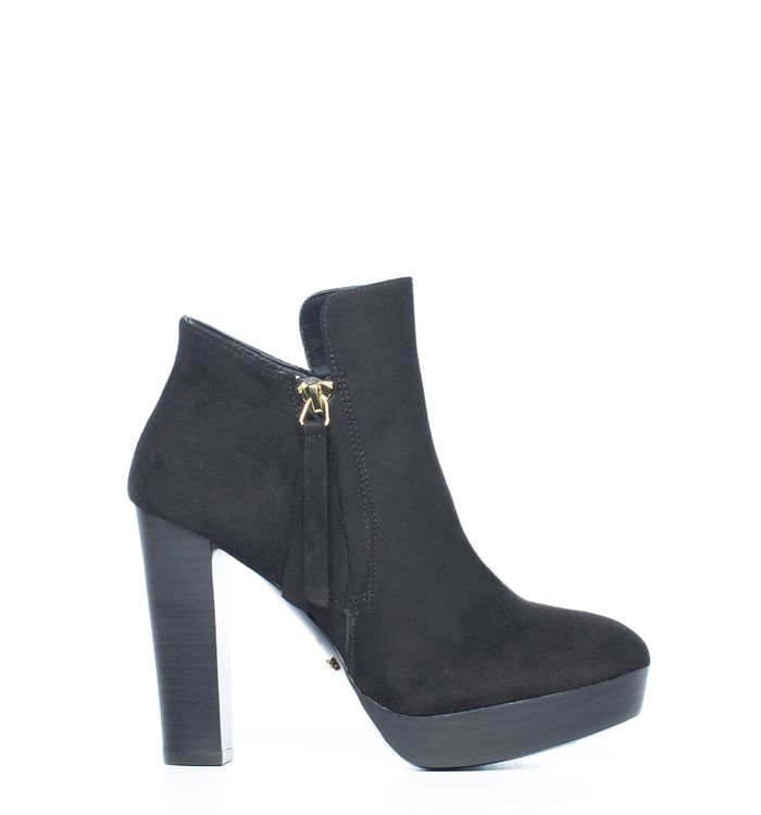 calzado-negro-s084578-1