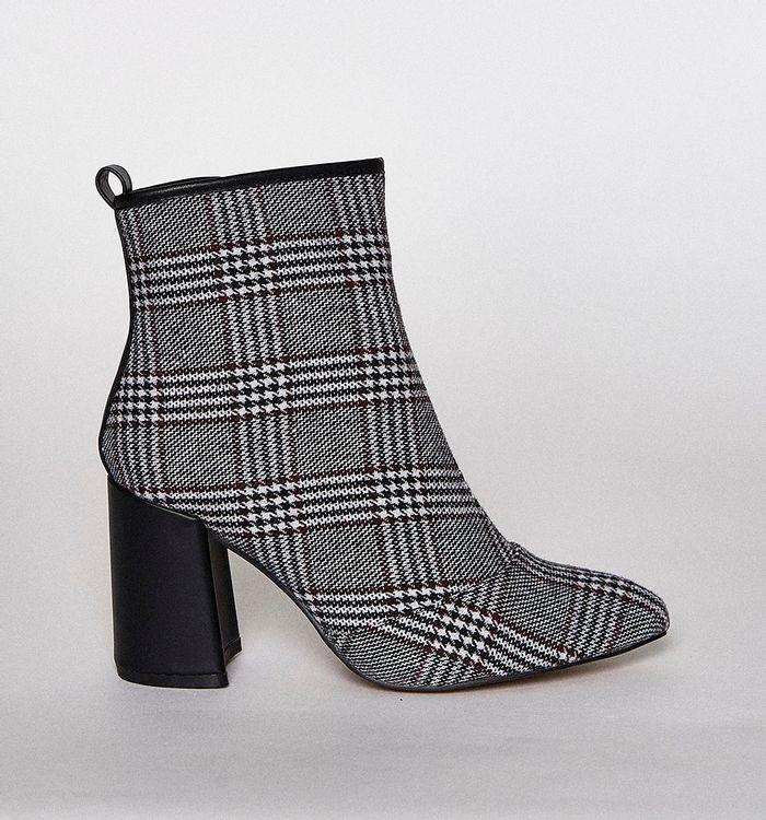 botas-negro-s084685-1